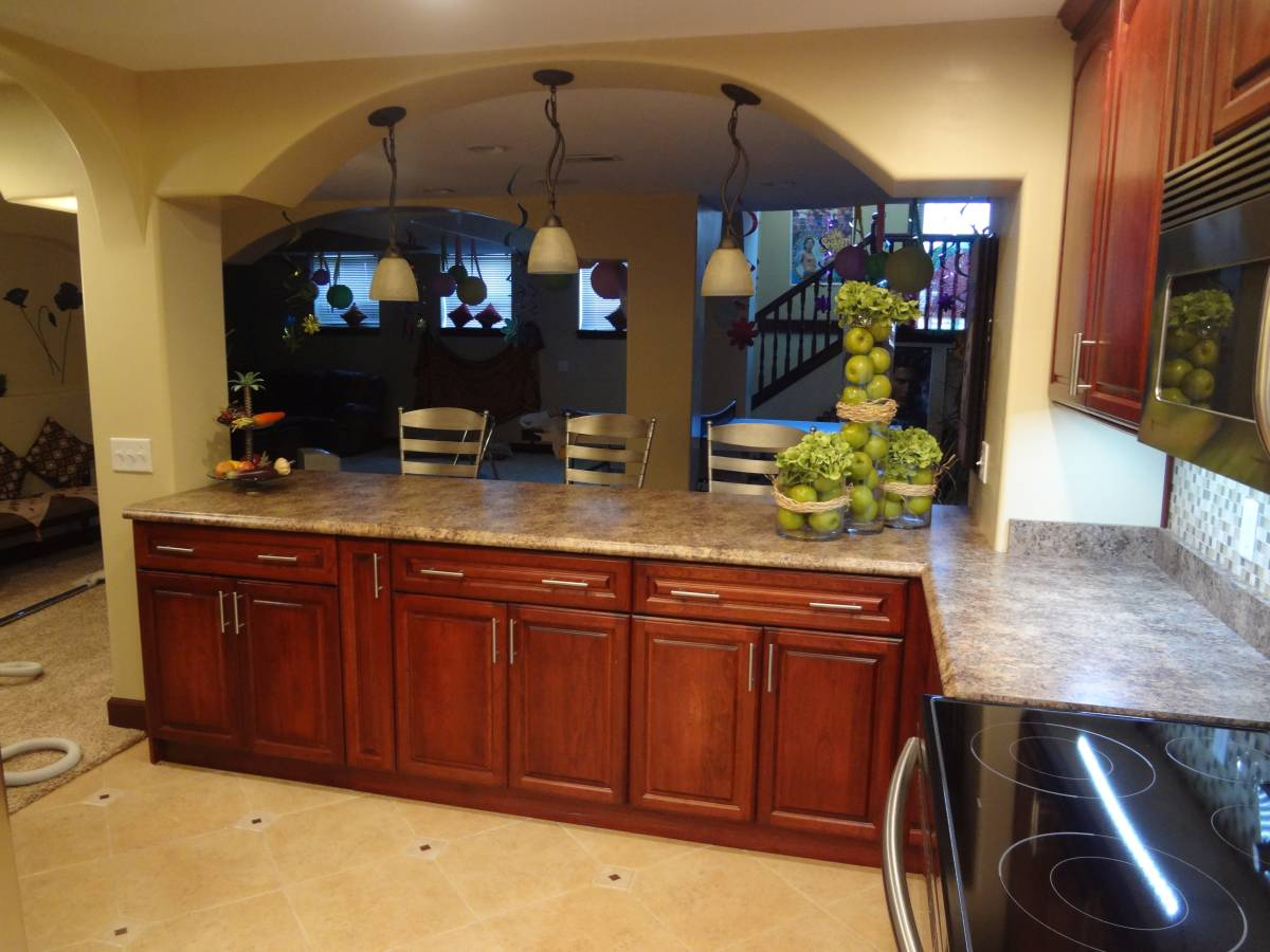 ambience-kitchen-countertops-chairs-apples-w1200
